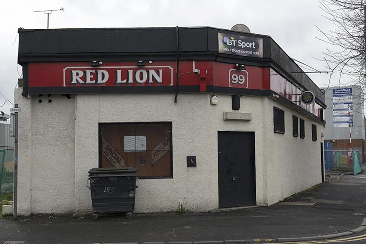 The Red Lion 99 Paisley Road West 2016